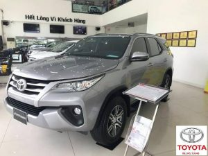toyota fortuner 2.4 so tu dong mau bac