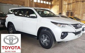 toyota fortuner 2.4g so san mau trang